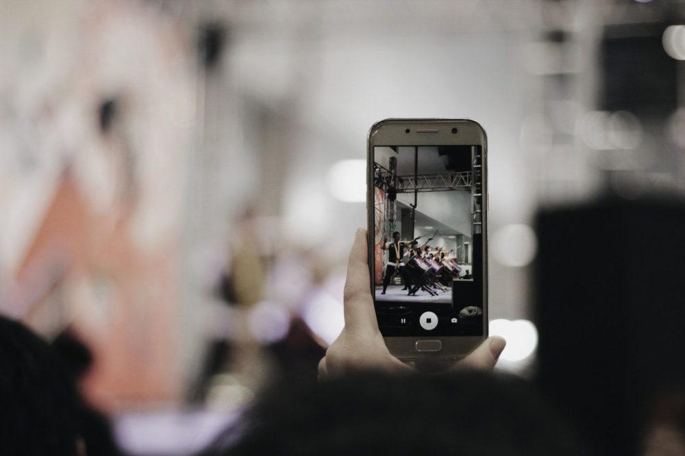 Why You Should be Using Live Video in Your Content Marketing